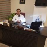 مشاوره پزشکی با دکتر محمد پریمن جراح و متخصص چشم